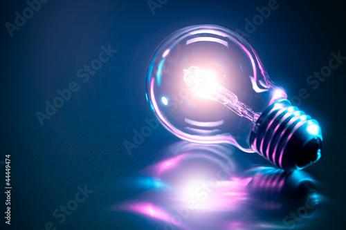 Leinwanddruck Bild Ampoule concept idée