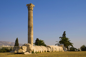 Collapsed column on Temple of Zeus
