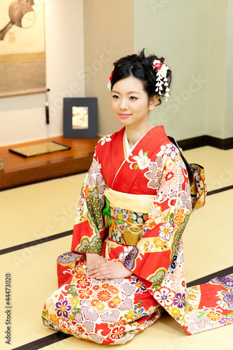 japanese kimono woman sitting on the room