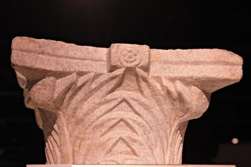 Capitel de estilo corintio