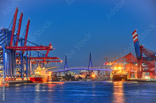 Leinwanddruck Bild Köhlbrandbrücke Hafenkrane