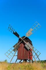Alte Windmühle auf Öland, Schweden