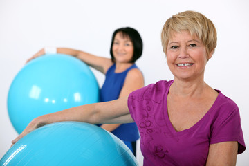 Older women in the gym