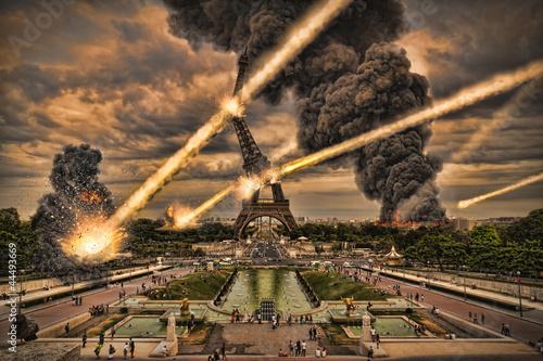 Leinwandbild Motiv Meteorite shower over paris, destroying the Eiffel Tower