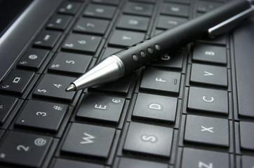 Ordenador portátil, teclado, idea