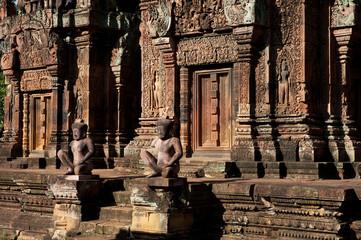Eingang zum Banteay Srei Tempel, Kambodscha
