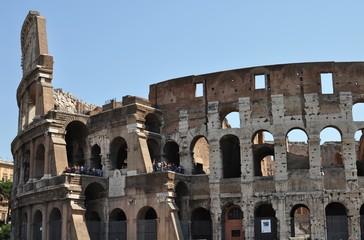 Veduta esterna del Colosseo