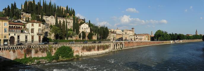 Colle e Castel San Pietro a Verona, Italia