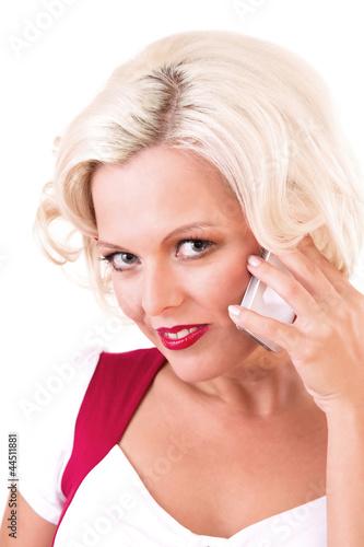 Frau flirtet am Telefon