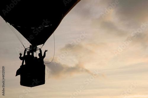 Silueta de globo aerostático
