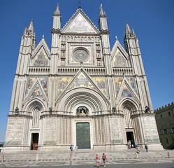 entire shining facade of the Duomo of Orvieto