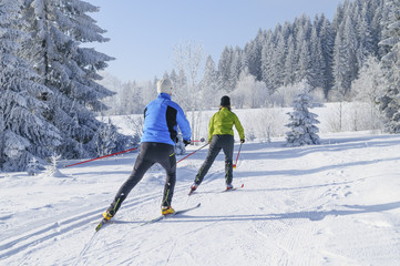 Langläufer beim Skaten