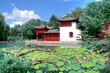 Image en HDR Temple Chinois dans un jardin et un bassin d'eau.