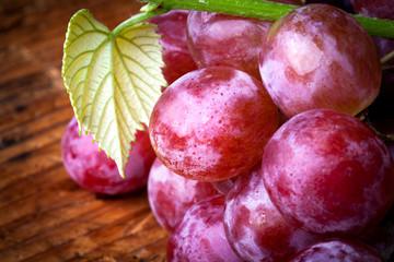 uva con foglia di vite