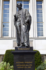 Michael Faraday statue in London