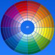 roue chromatique sur fond de ciel