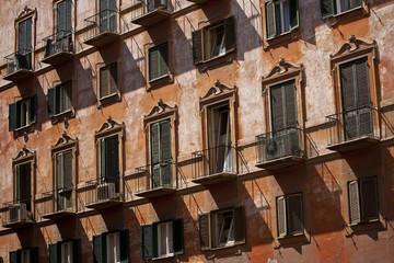 Italian frontage