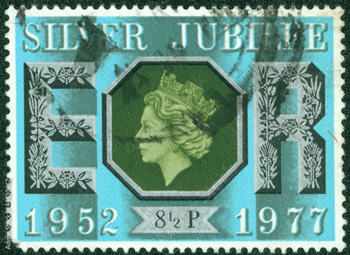 stamp printed in the Great Britain shows Queen Elizabeth II