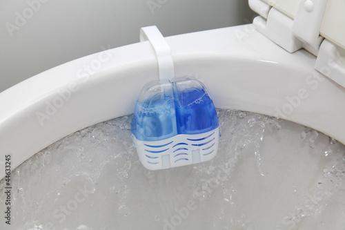 Leinwandbild Motiv Spülstein in WC