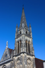 Kirchturm Saint Martin in Cadillac - Frankreich