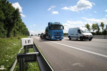 Lkw / Transport auf Autobahn