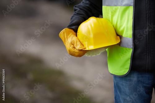 under construction - 44663064