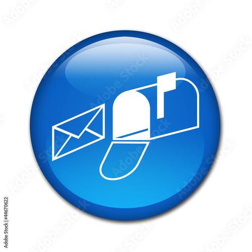 Boton brillante simbolo buzon de correos by teracreonte - Buzon de correos ...