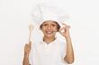 kleiner Junge kocht