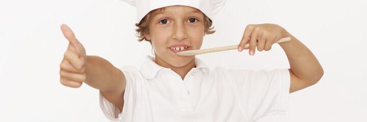 kleiner Mann mit Kochmütze