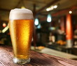 Leinwanddruck Bild - Glass of light beer