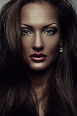 beautiful woman , with glamour makeup , fashion