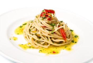 spaghettoni, aglio, olio e peperoncino