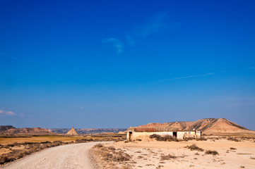 Cabaña en el desierto