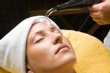 High frequency treatment for skin dehydration