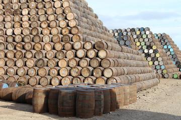 Whisky Fässer aus Eiche