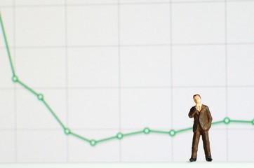 グラフとビジネスマン