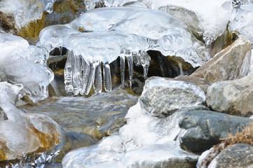 Ruscllo di montagna ghiacciato - Alpi Marittime