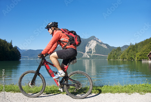 Mountainbiketour am See