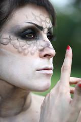 Makeup donna serpente