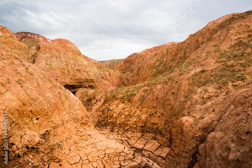 dramatic landscape of Kim-kirish - 44901634
