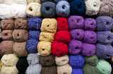 Fototapety ROWS OF COLORFUL YARN 002