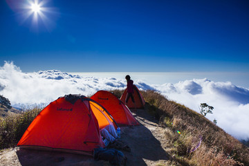 Camping above the cloud