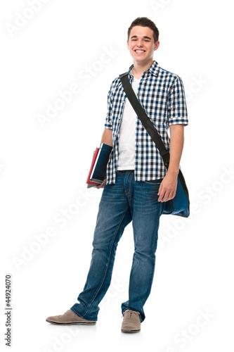 Jugendlicher mit Schultasche