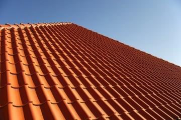 Dachziegel-Dach-Himmel