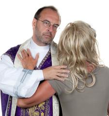Katholischer Priester, verliebt mit Freundin