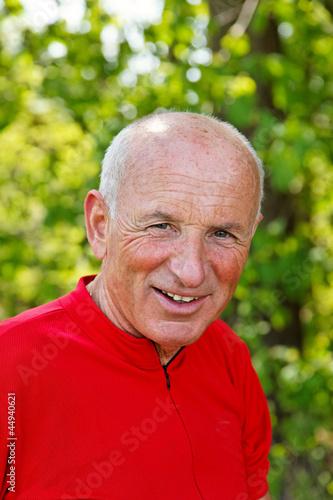 Freundlich lächelnden Senior, Porträt