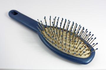 gebrauchte haarbürste