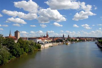 Blick von der Friedensbrücke auf Würzburg, Main, Bayern