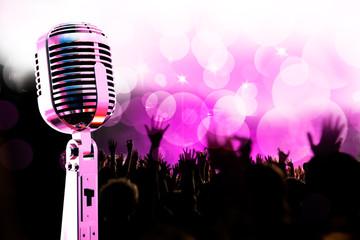 publico y microfono
