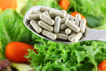 Concentrated Fiber Capsules OR Fresh Salad
